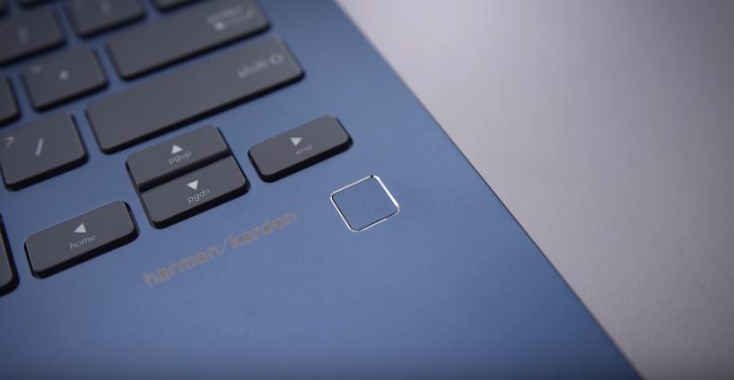 ASU ZenBook 13 UX331 thin and light laptop fingerprints