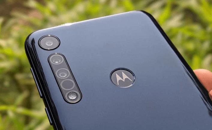 Motorola One Macro back