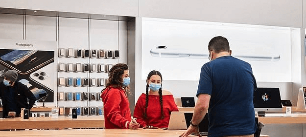 Apple prepares to reopen nearly a hundred Apple Store