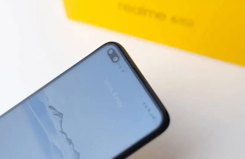 Realme 6 Pro double configuration that gives us extra angular coverage