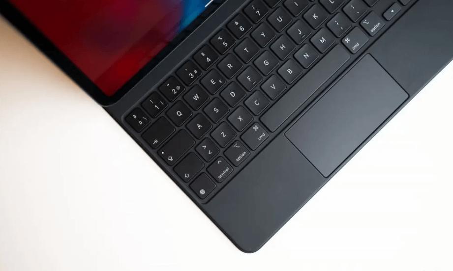 iPad Pro 2020 and Magic Keyboard