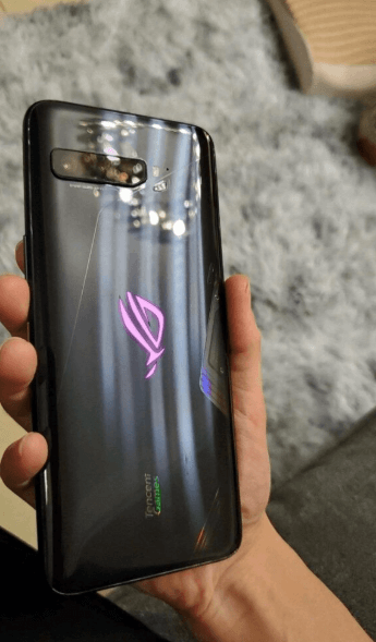 Asus ROG Phone 3 displays previous generation design with some important changes