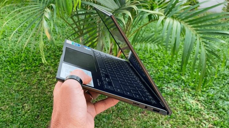 ASUS Zenbook 14 UX435 Notebook Review - Zenbook 14 thickness