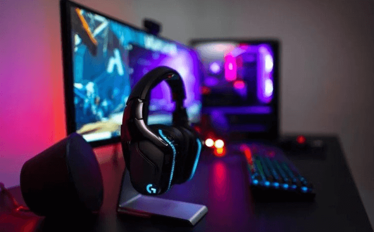What are the differences between a headphone gamer and a normal one